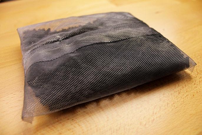 Zoomed Nano 10 Carbon Bag